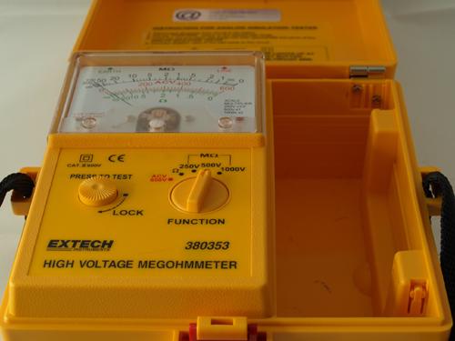 Isolatieweerstandmeterklein